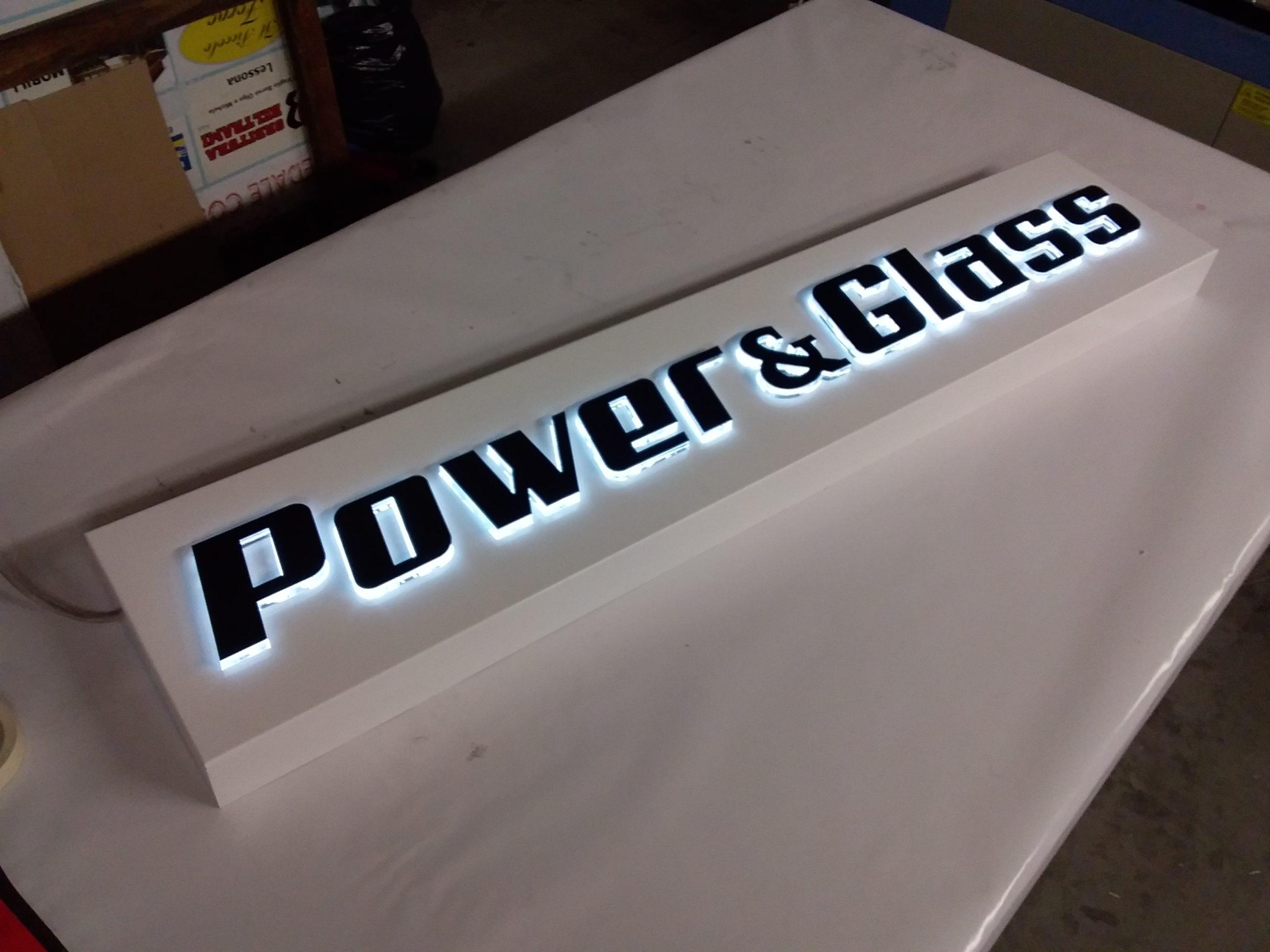 insegna Powerglass